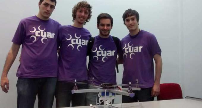 Estudiantes de la UNLaM fueron premiados por crear el primer drone argentino