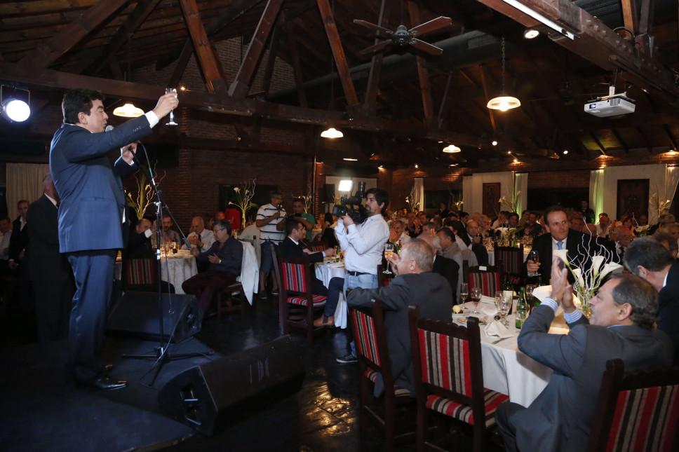 Fernando Espinoza se reunión con todo el arco productivo del distrito.