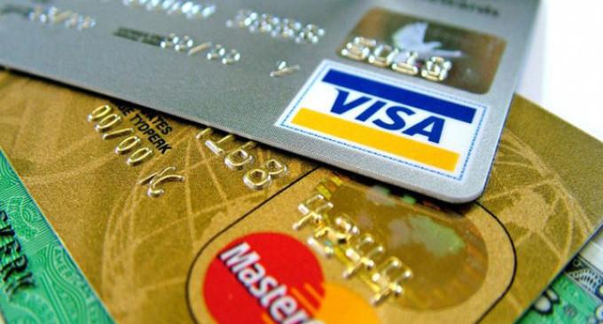 El Central prohibió cobrar recargo por exceder límites de financiamiento