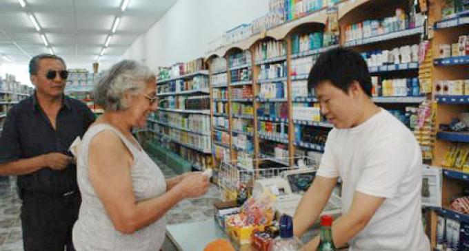 Los supermercados chinos también renuevan su adhesión a Precios Cuidados