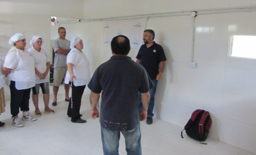 Gracias a un crédito estatal, la cooperativa UNEMA inauguró su taller de elaboración de panificados