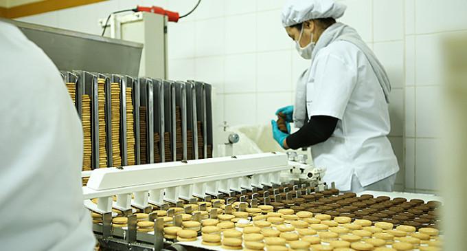 Con una gran variedad de productos, las alfajoreras impulsan la economía local