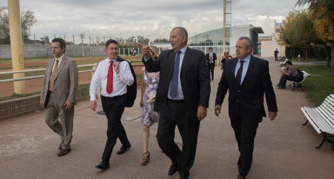 El Embajador de Estados Unidos en Argentina visitó la UNLaM