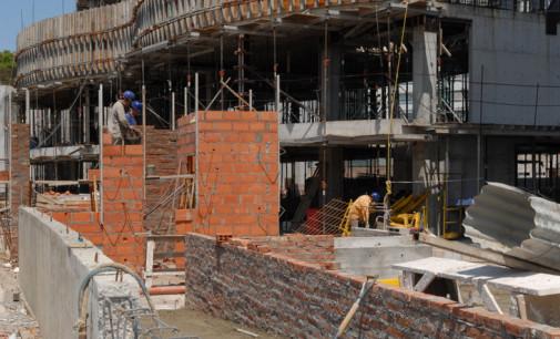 Impulsada por la construcción, la inversión subió más de dos por ciento en mayo