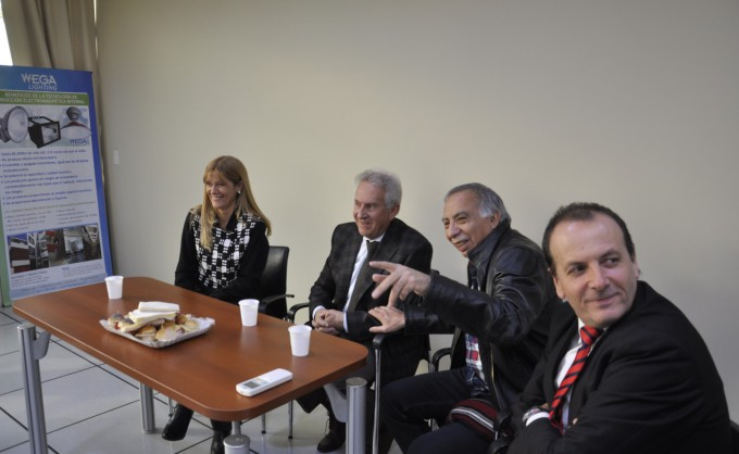 Verónica Magario se reunió con empresarios del Plástico de La Matanza