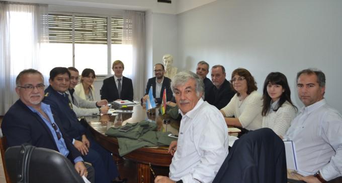 Argentina exportará telas a Bolivia para la confección de uniformes militares