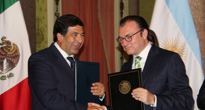 La AFIP suscribió un acuerdo tributario con México