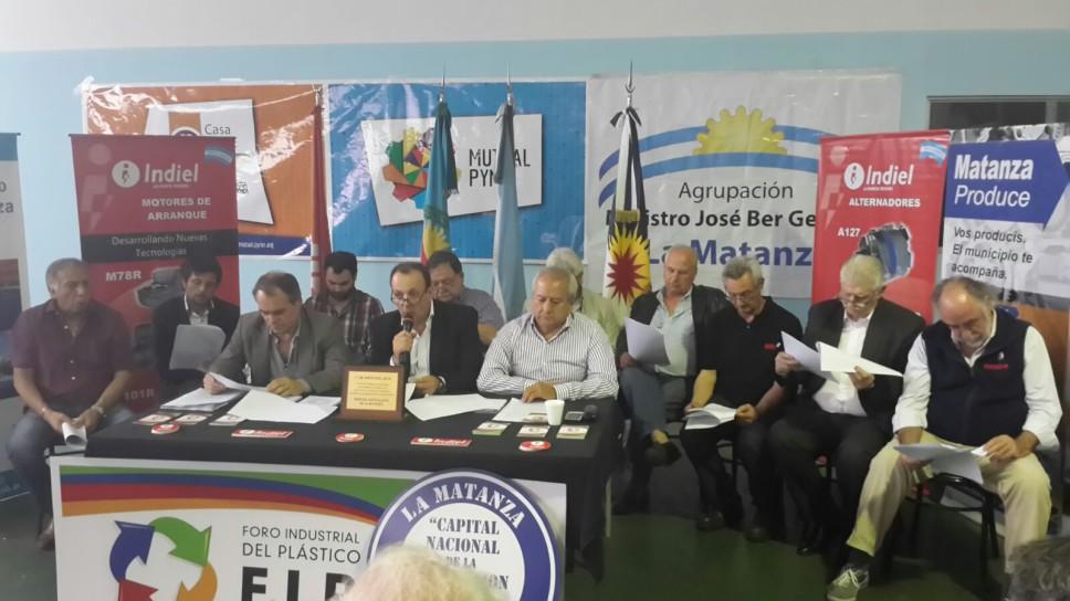 Posición de los sectores productivos de La Matanza: #DanielScioli Presidente