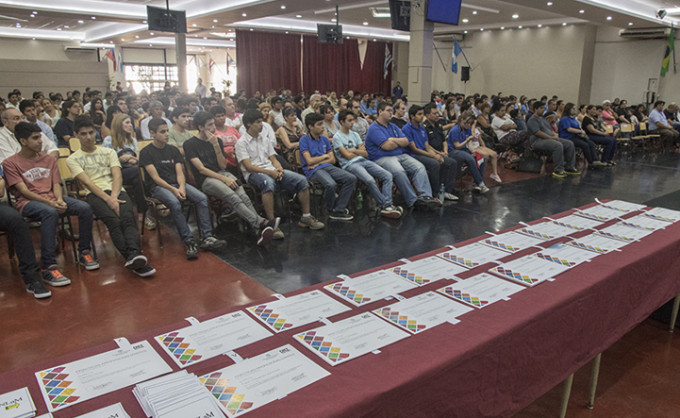 La UNLaM entregó certificados a alumnos de escuelas técnicas