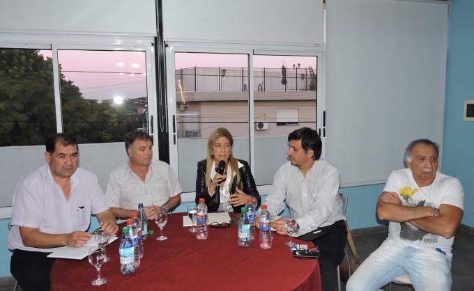 """Giorgi: """"no se permitirá que la desindustrialización y el  desempleo vuelvan a la Argentina""""."""