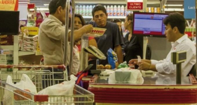Las ventas minoristas cayeron un 4,5 por ciento en febrero