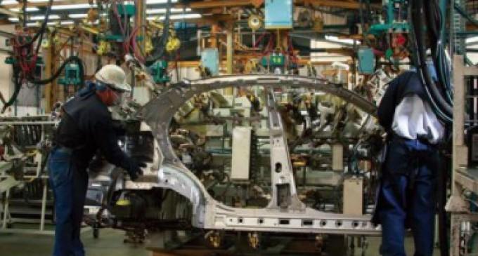 La producción industrial cayó en un 1,6%
