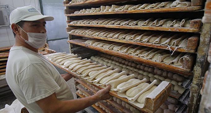 Acuerdan un aumento salarial para los trabajadores panaderos