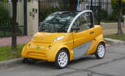Auto eléctrico fabricado en Luzuriaga ya está en la calle