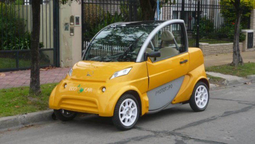 Los fabricantes del auto eléctrico matancero buscan sumar inversores
