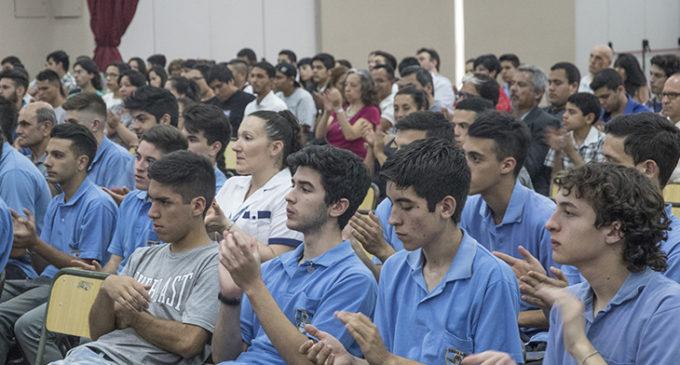 Son más de 250 los chicos que hacen prácticas laborales en la Universidad