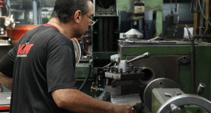 Las PyMEs industriales, sin reacción: acumulan 21 meses de caída en la producción
