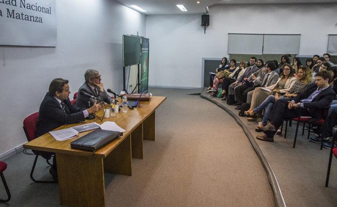 Se realizó en la UNLaM una jornada sobre el blanqueo de capitales