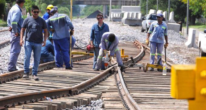 Los cuatro gremios ferroviarios cerraron una paritaria trimestral