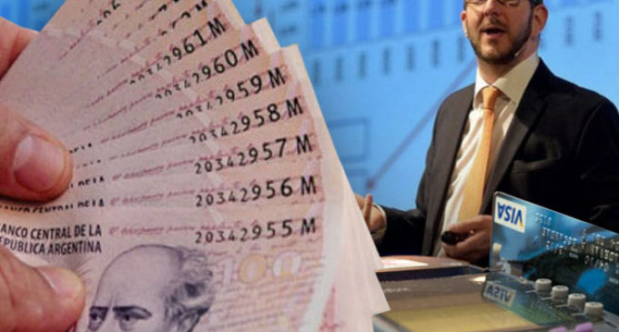 """Claves para entender el plan para transparentar los precios al contado y por qué el Gobierno """"no garantiza que bajen"""""""