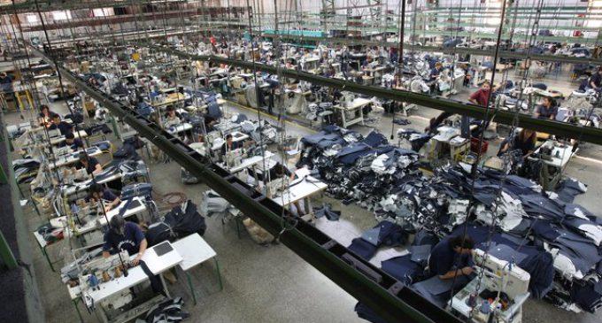 Preocupante: la producción industrial se derrumbó un 4,9 por ciento en el 2016
