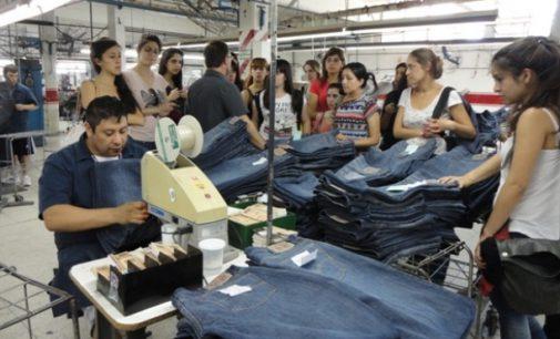 Confeccionistas piden al gobierno regular las importaciones