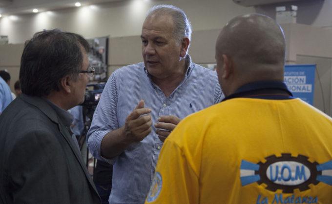 Daniel Martínez recorrió la muestra de la UOM en la UNLaM y destacó el valor de la industria nacional