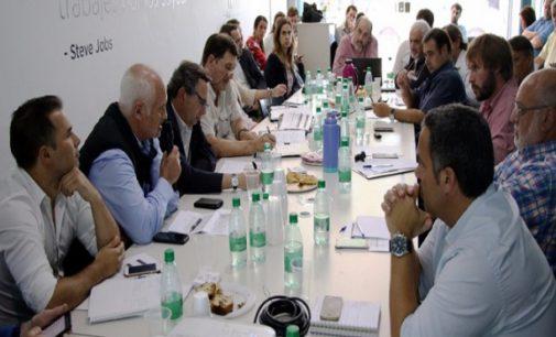 Producción presentó lineamientos de trabajo ante 80 municipios bonaerenses