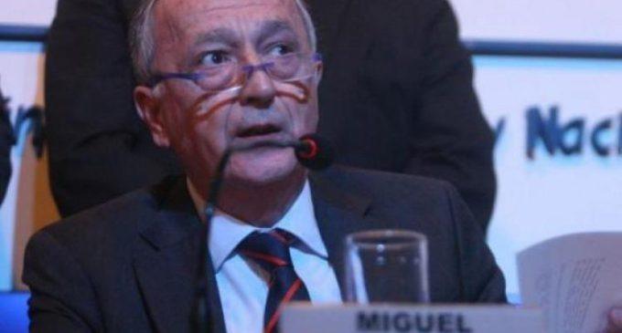 Cabrera le dijo a los industriales «que se dejen de llorar e inviertan» y llegó la respuesta