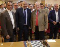 """""""El ajedrez tiene bastante para aportar a la educación"""""""